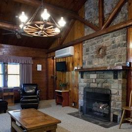play karts stroudsburg and cabin with photos best cabins pocono pennsylvania rentals east vacationrentals vacation go reviews